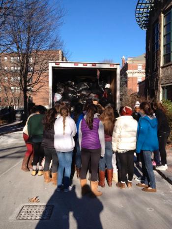 Seniors help load coats
